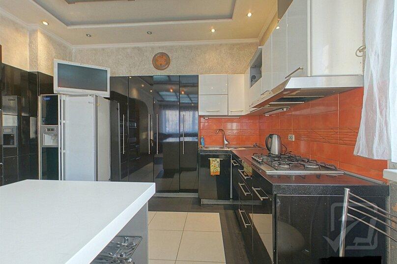 Шикарный дом посуточно, для Вас!, 400 кв.м. на 24 человека, 8 спален, Славная улица, 4, Челябинск - Фотография 7