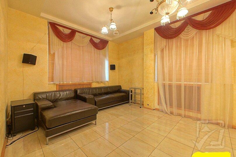 Шикарный дом посуточно, для Вас!, 400 кв.м. на 24 человека, 8 спален, Славная улица, 4, Челябинск - Фотография 11