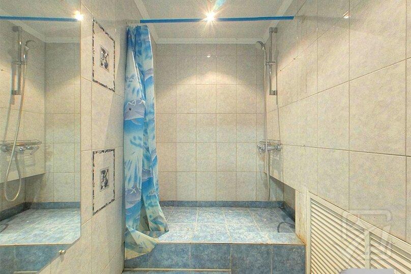 Шикарный дом посуточно, для Вас!, 400 кв.м. на 24 человека, 8 спален, Славная улица, 4, Челябинск - Фотография 15