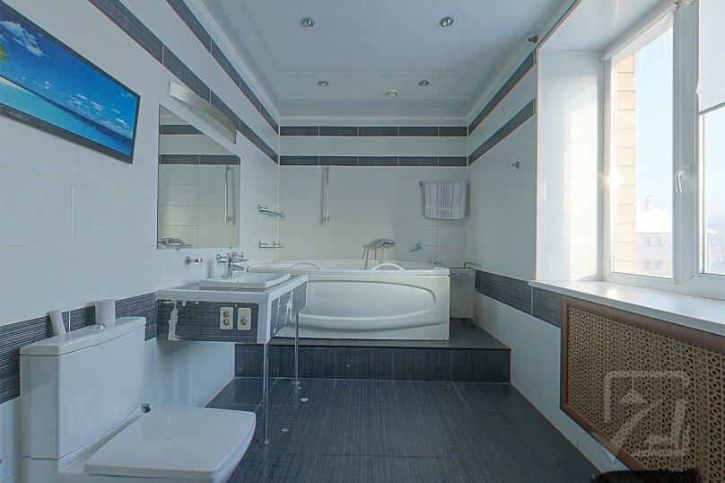 Шикарный дом посуточно, для Вас!, 400 кв.м. на 24 человека, 8 спален, Славная улица, 4, Челябинск - Фотография 19