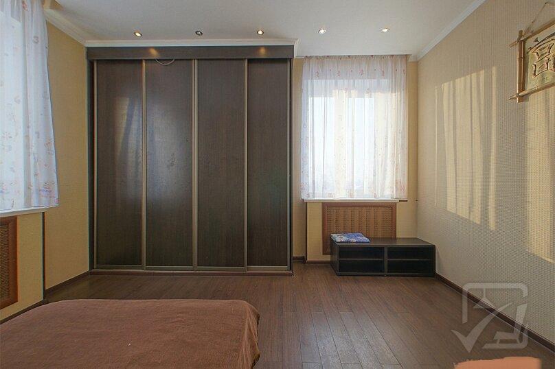 Шикарный дом посуточно, для Вас!, 400 кв.м. на 24 человека, 8 спален, Славная улица, 4, Челябинск - Фотография 21