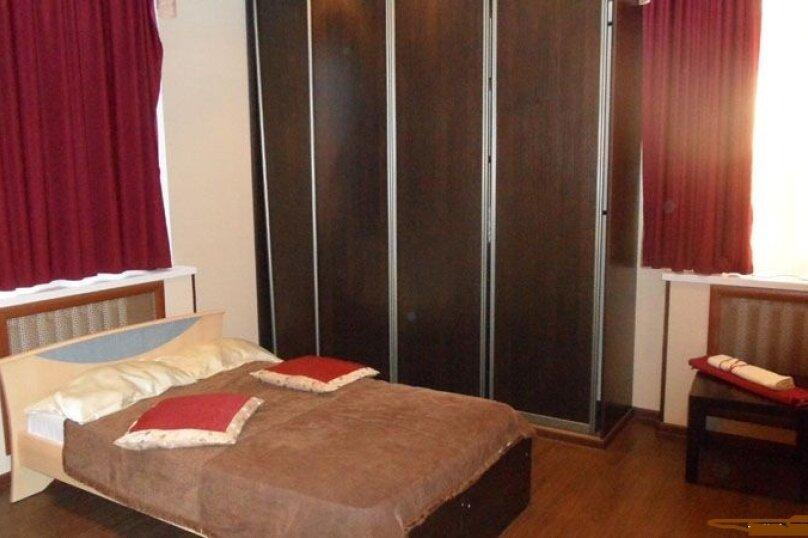 Шикарный дом посуточно, для Вас!, 400 кв.м. на 24 человека, 8 спален, Славная улица, 4, Челябинск - Фотография 23