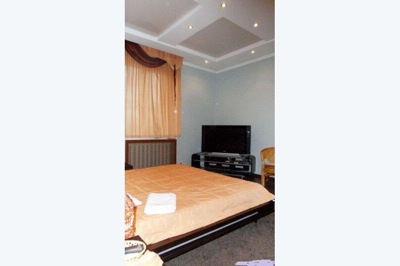 Шикарный дом посуточно, для Вас!, 400 кв.м. на 24 человека, 8 спален, Славная улица, 4, Челябинск - Фотография 25