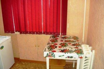 1-комн. квартира, 26 кв.м. на 2 человека, улица Кутузова, 18, Центральный район, Новокузнецк - Фотография 4