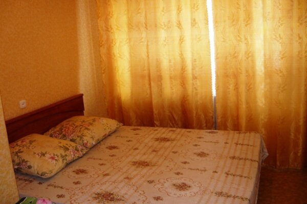 1-комн. квартира, 26 кв.м. на 2 человека, улица Кутузова, 18, Центральный район, Новокузнецк - Фотография 1