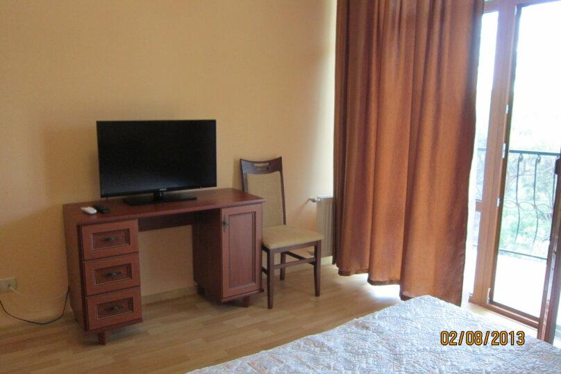 Сдам гостевой дом в центре Ялты., Московская улица, 33 на 14 комнат - Фотография 11