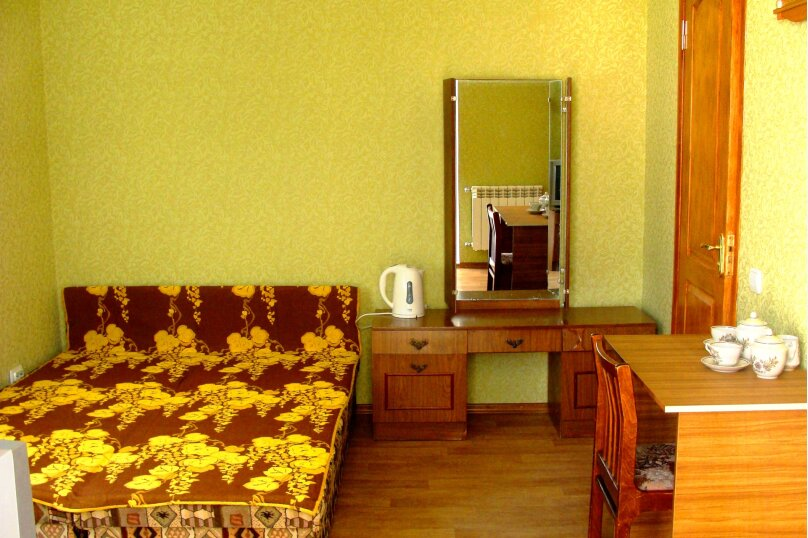 У Макаровны, улица Карла Маркса, 33 на 3 комнаты - Фотография 3