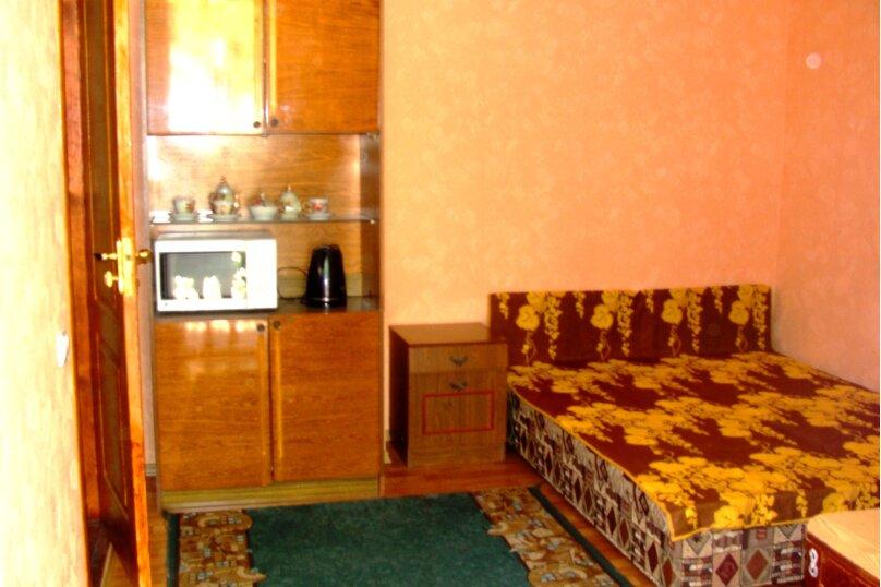 У Макаровны, улица Карла Маркса, 33 на 3 комнаты - Фотография 5