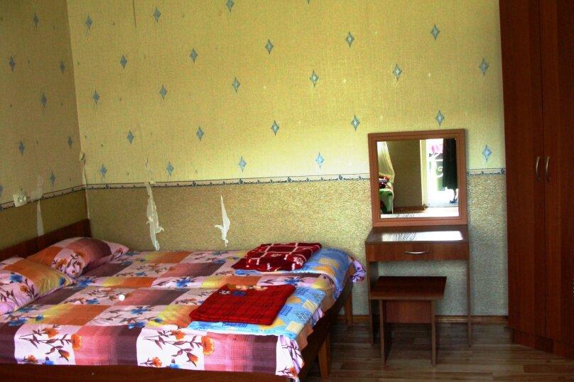 """Гостевой дом """"На Калинина 1А"""", улица Калинина, 1А на 9 комнат - Фотография 35"""