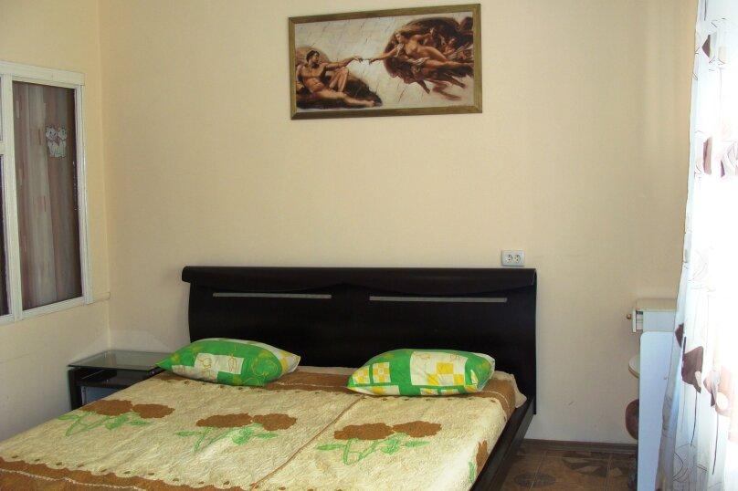 """Гостевой дом """"На Калинина 1А"""", улица Калинина, 1А на 9 комнат - Фотография 11"""
