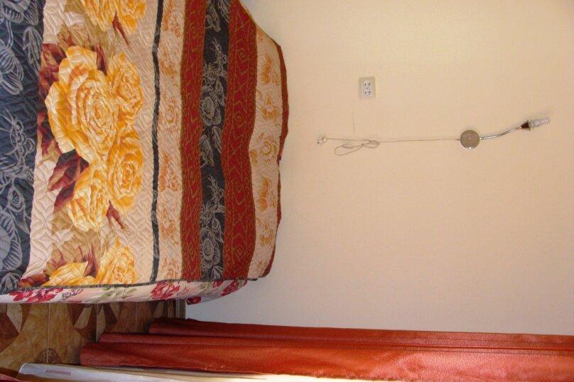 """Гостевой дом """"На Калинина 1А"""", улица Калинина, 1А на 9 комнат - Фотография 13"""