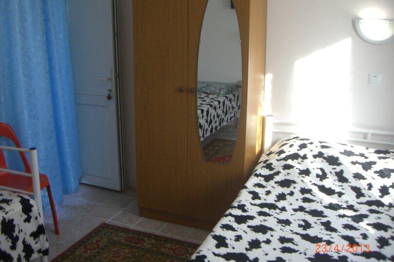 3-местный номер, Приморская улица, 15, Ольгинка - Фотография 2