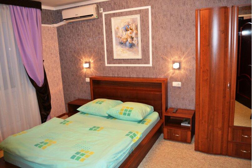 """Апарт-отель """"Абсолют"""", проспект Мира, 72 на 3 номера - Фотография 6"""