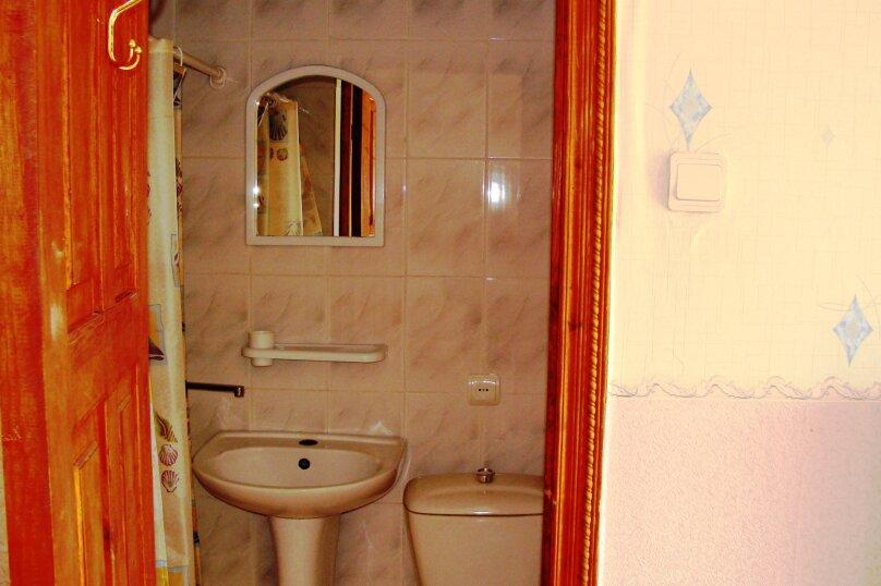 """Гостевой дом """"На Калинина 1А"""", улица Калинина, 1А на 9 комнат - Фотография 31"""