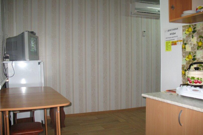 """Гостевой дом """"AzovHome"""", Курортная улица, 95 на 10 комнат - Фотография 39"""