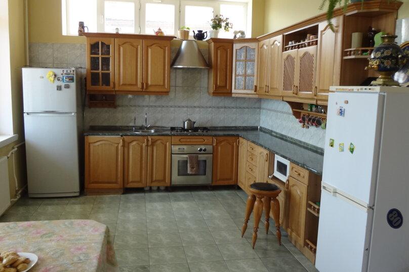 """Гостевой дом """"Villa Gor"""", улица Винодела Егорова, 79 на 1 комнату - Фотография 15"""