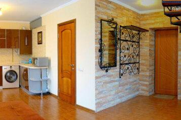 2-комн. квартира, 66 кв.м. на 4 человека, улица Генерала Петрова, Севастополь - Фотография 2