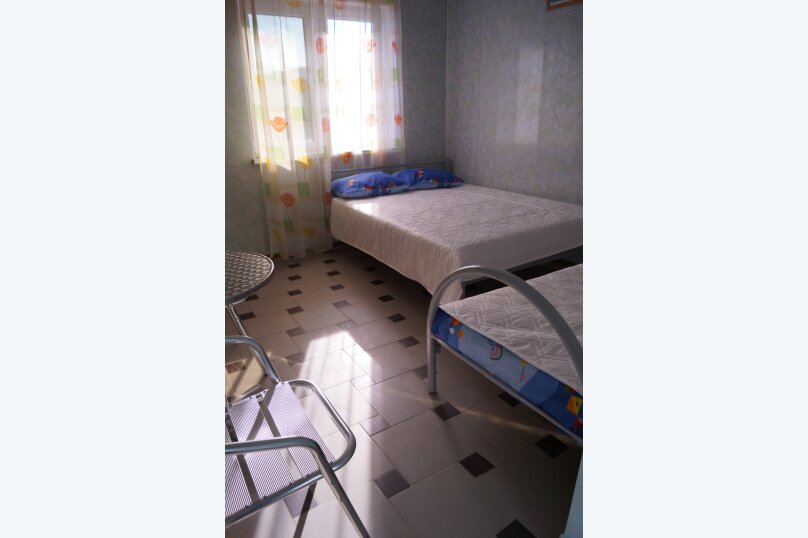 Трехместный номер стандарт первый этаж, Курортная, 15, село Пляхо , Новомихайловский - Фотография 1