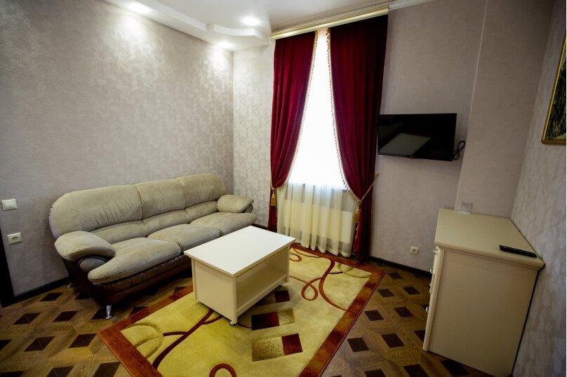 """Мини-отель """"Shine House"""", улица Ленина, 63 на 44 номера - Фотография 30"""