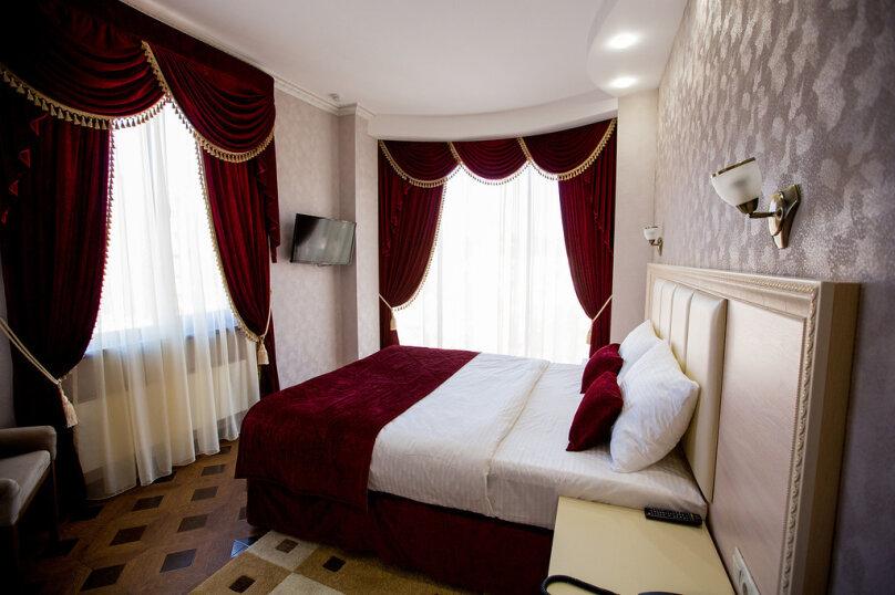 """Мини-отель """"Shine House"""", улица Ленина, 63 на 44 номера - Фотография 31"""