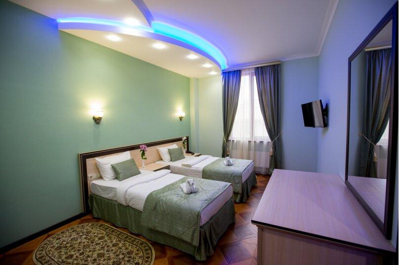 """Мини-отель """"Shine House"""", улица Ленина, 63 на 44 номера - Фотография 33"""