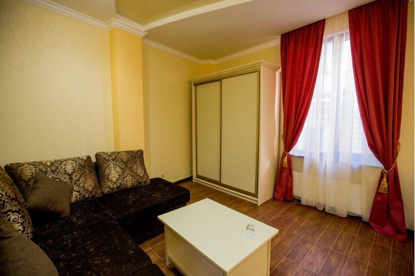 """Мини-отель """"Shine House"""", улица Ленина, 63 на 44 номера - Фотография 26"""