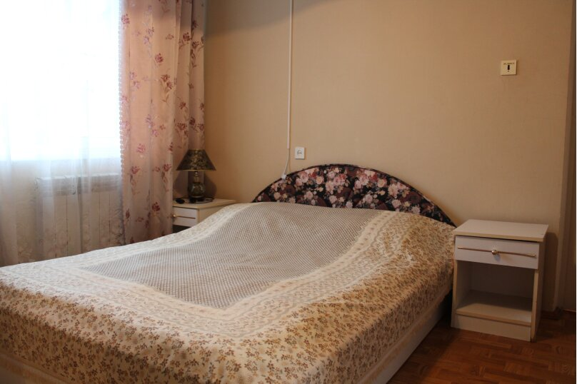 """Гостевой дом """"У Карена"""", Аэродромная улица, 18 на 8 комнат - Фотография 41"""