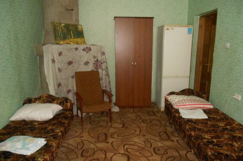 4х местный удобства на этаже, Совхозная улица, 5, Небуг - Фотография 1