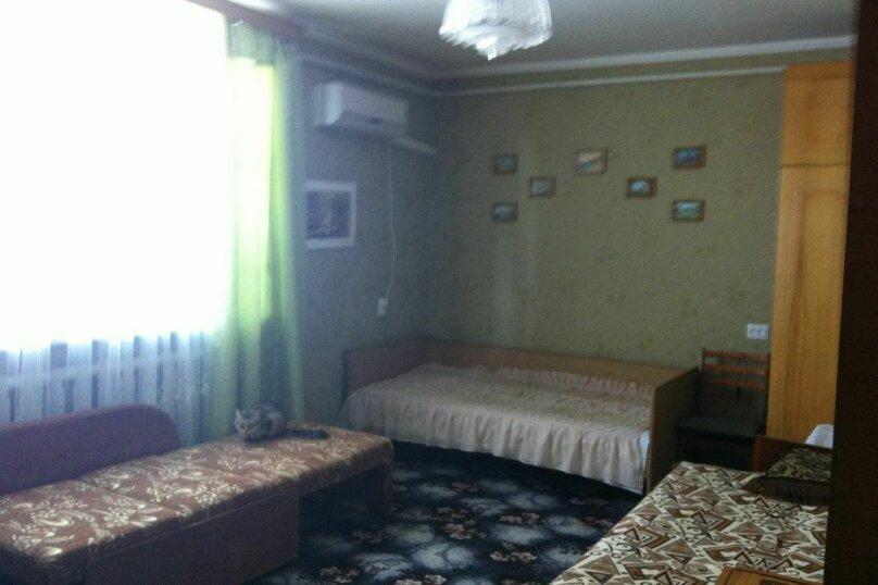 """Гостевой дом """"На Керченской 89Б"""", Керченская улица, 89Б на 3 комнаты - Фотография 22"""