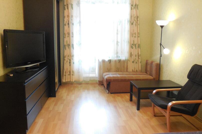 1-комн. квартира, 37 кв.м. на 3 человека, проспект Ударников, 33, метро Ладожская, Санкт-Петербург - Фотография 8