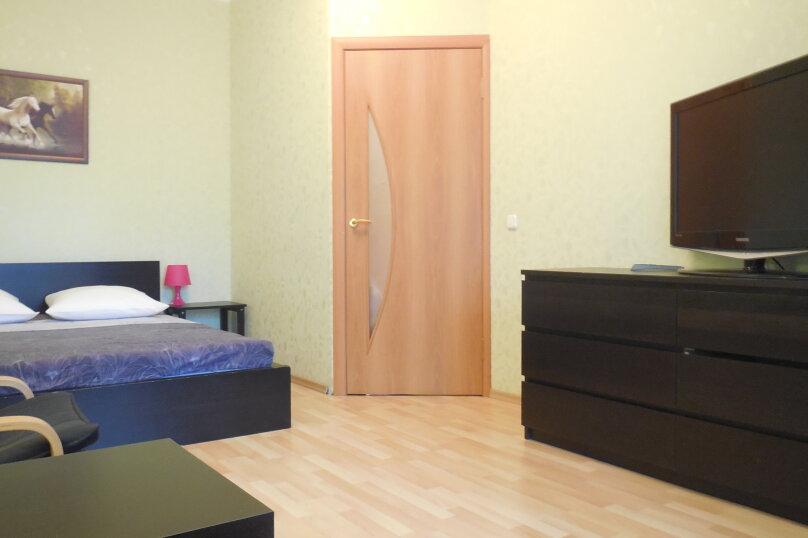 1-комн. квартира, 37 кв.м. на 3 человека, проспект Ударников, 33, метро Ладожская, Санкт-Петербург - Фотография 9