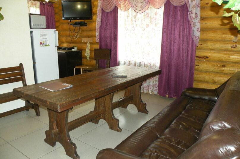 Средний коттедж, 80 кв.м. на 6 человек, 2 спальни, Челябинский тракт, 68 км от Екатеринбурга, 4,5,6, Сысерть - Фотография 9