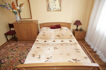 2-комн. квартира, 60 кв.м. на 4 человека, улица Пушкина, 70, Центральный район, Челябинск - Фотография 4
