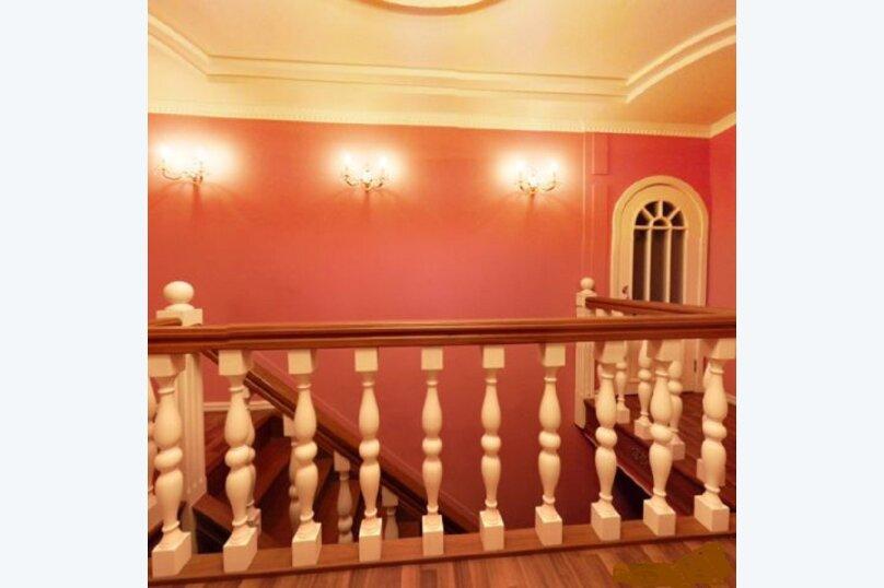 Сдаётся шикарный коттедж, 380 кв.м. на 11 человек, 4 спальни, Первомайская, 16, Челябинск - Фотография 29