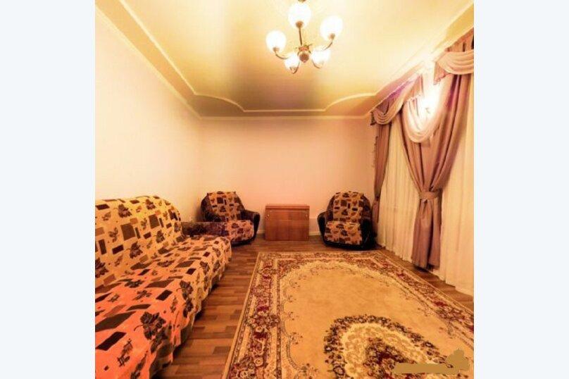 Сдаётся шикарный коттедж, 380 кв.м. на 11 человек, 4 спальни, Первомайская, 16, Челябинск - Фотография 30