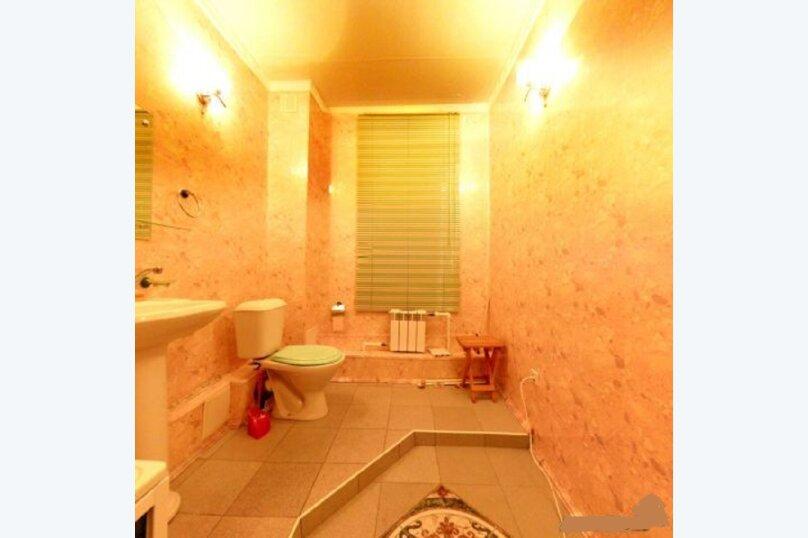 Сдаётся шикарный коттедж, 380 кв.м. на 11 человек, 4 спальни, Первомайская, 16, Челябинск - Фотография 31