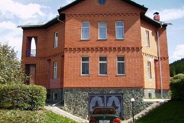 Сдаётся шикарный коттедж, 380 кв.м. на 11 человек, 4 спальни, Первомайская, 16, Калининский район, Челябинск - Фотография 1
