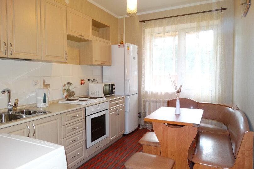 1-комн. квартира, 35 кв.м. на 4 человека, улица Михеева, 25, Тула - Фотография 7
