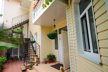 Гостевой дом, улица Богдана Хмельницкого на 7 номеров - Фотография 1