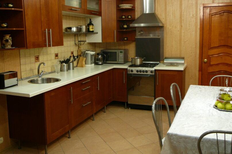 Сдам коттедж, 450 кв.м. на 15 человек, 5 спален, Цветочная улица, 11, Озеры - Фотография 14