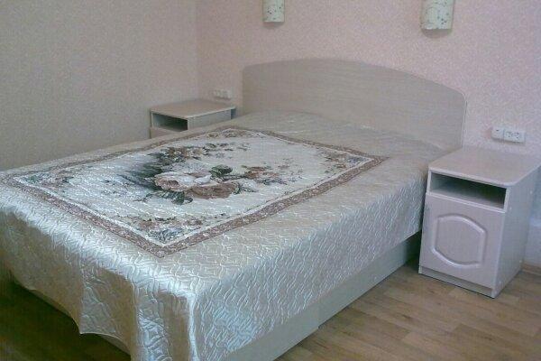 1-комн. квартира, 24 кв.м. на 5 человек, улица Ленина, 8, Железноводск - Фотография 1