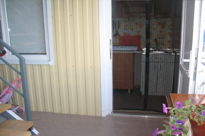 """Гостевой дом """"AzovHome"""", Курортная улица, 95 на 10 комнат - Фотография 56"""