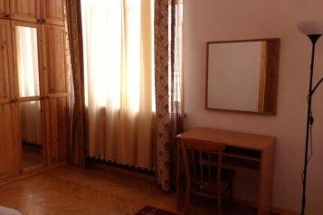 1-комн. квартира, 40 кв.м. на 4 человека, Новочеркасский проспект, метро Новочеркасская, Санкт-Петербург - Фотография 3