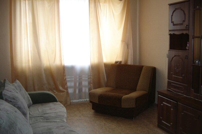 2-комн. квартира, 45 кв.м. на 4 человека, Петропавловская улица, 111, Пермь - Фотография 1