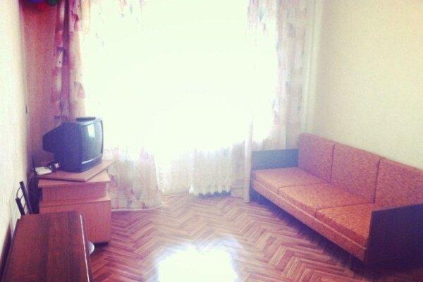 1-комн. квартира, 38 кв.м. на 4 человека, улица Мира, 12, Екатеринбург - Фотография 1