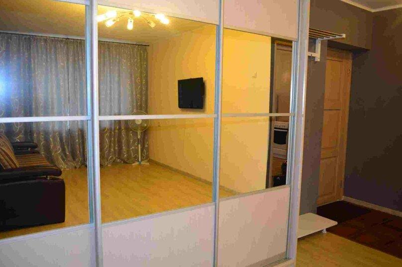 1-комн. квартира, 38 кв.м. на 4 человека, улица Залесского, 7, Новосибирск - Фотография 4