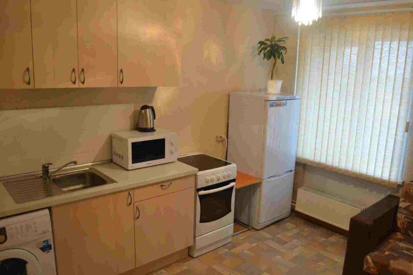 1-комн. квартира, 38 кв.м. на 4 человека, улица Залесского, 7, Новосибирск - Фотография 6
