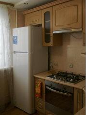 1-комн. квартира, 34 кв.м. на 3 человека, улица Емлина, 2, Первоуральск - Фотография 2