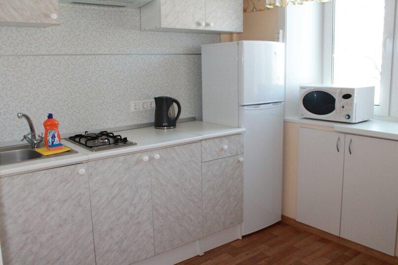 2-комн. квартира, 47 кв.м. на 5 человек, Амурский бульвар, 5/116, Хабаровск - Фотография 16