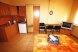 НОМЕР НА ВТОРОМ ЭТАЖЕ С КУХНЕЙ В НОМЕРЕ и видом на ж-д:  Номер, Люкс, 3-местный, 1-комнатный - Фотография 16